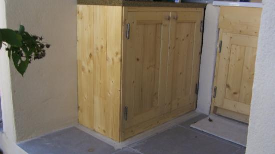 sous evier 1. Black Bedroom Furniture Sets. Home Design Ideas